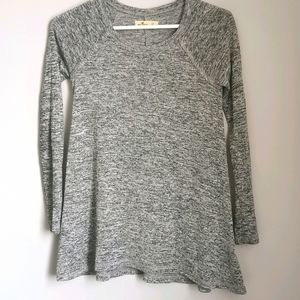 *2/$12* Hollister Women's Grey Long Sleeve Shirt